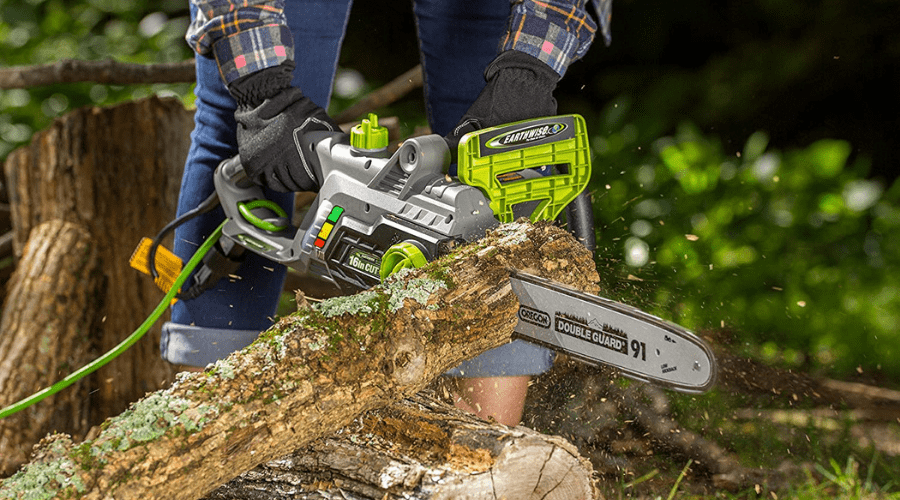 Featured Image - BEST CHAINSAW PICKS_ POWERFUL, LABOR-SAVING TOOLS