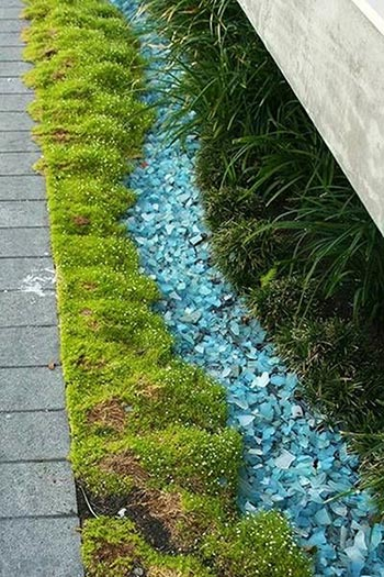 recycled tumbled glass in the garden