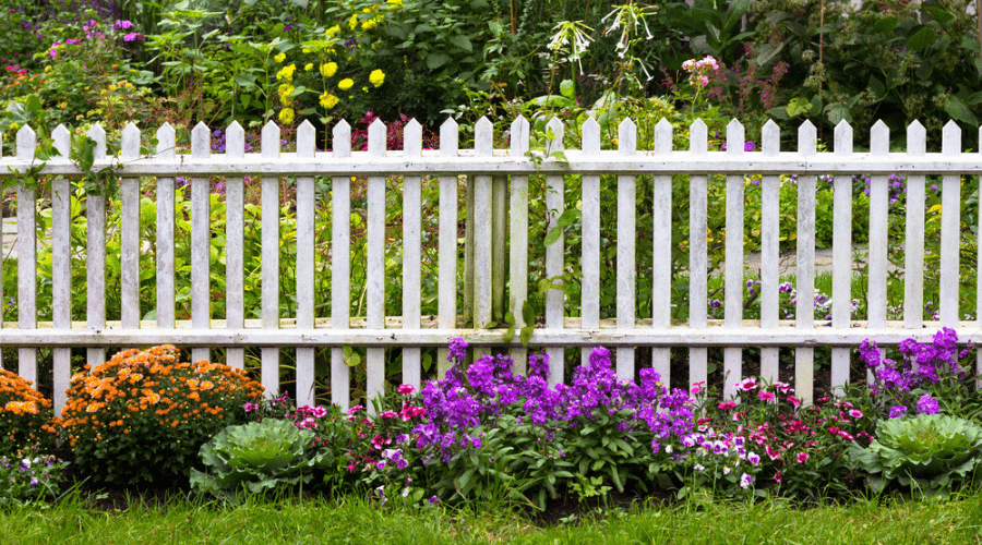 Featured Image - SUPER EASY DIY GARDEN FENCE IDEAS YOU NEED TO TRY