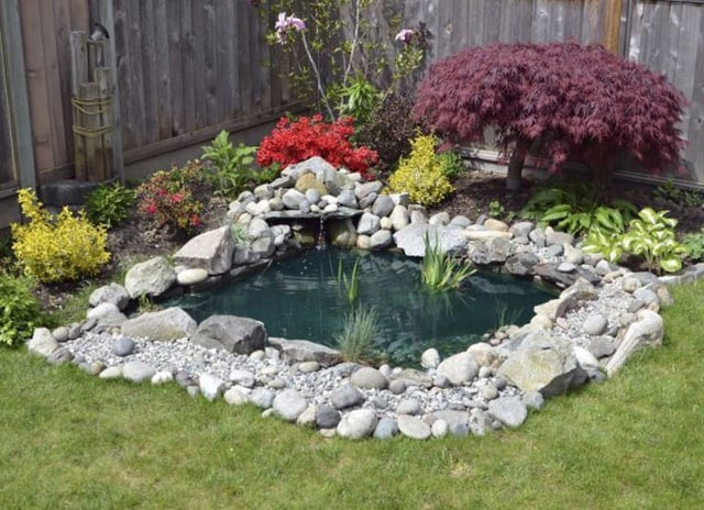 73 backyard and garden pond designs and ideas - Corner pond ideas ...
