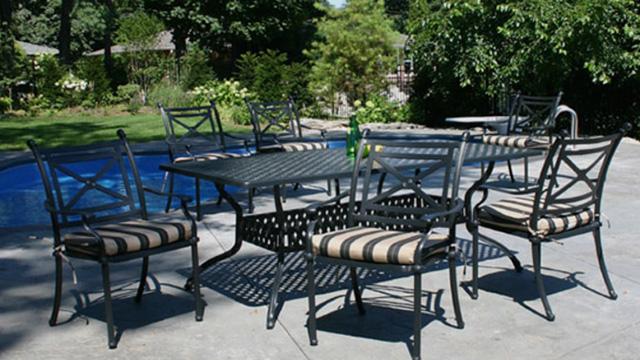Poolside-Seating