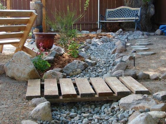 Dry Creek Bed DIYandMag