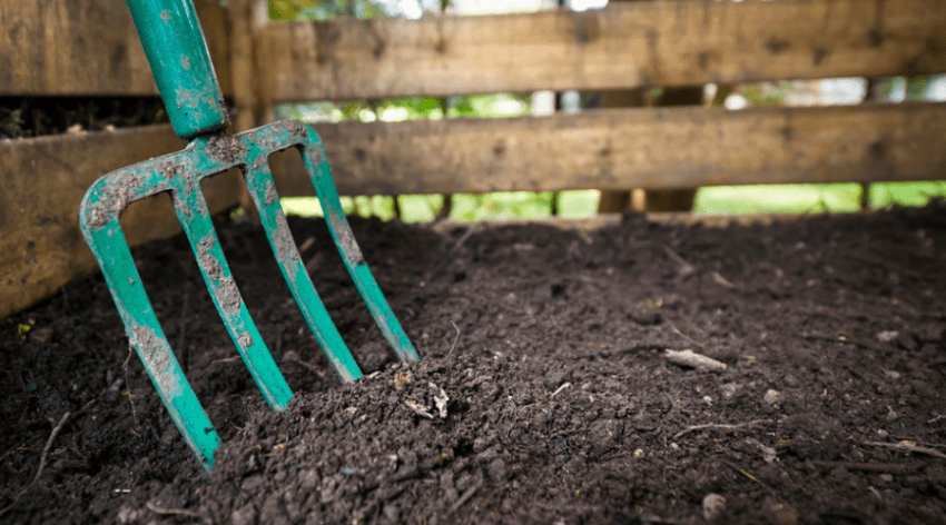 Featured Image - COMPOST VS TOPSOIL_ WHICH IS BEST TO USE AND WHEN_