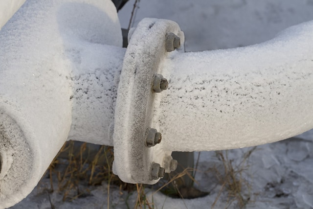 freezing pipe