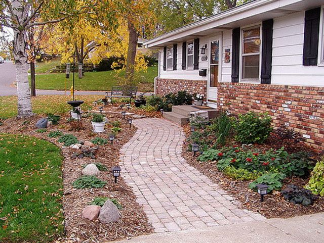 70 Creative Walkway Ideas and Designs