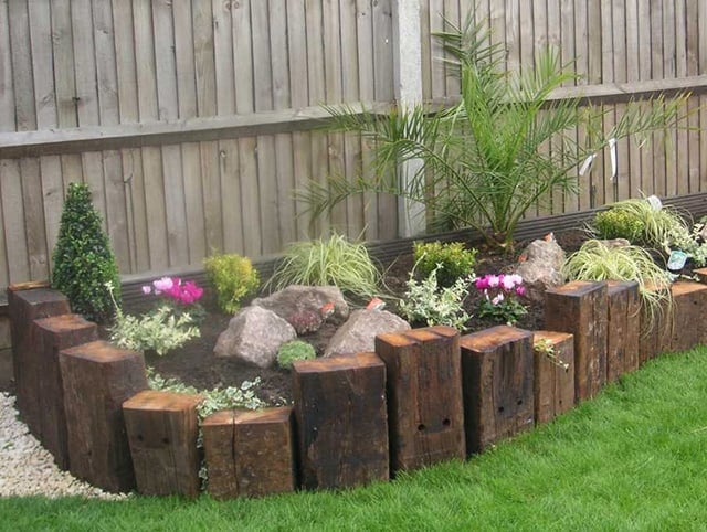 RAILWAY-SLEEPERS-PROVIDE-DIMENSION-TO-YOUR-GARDEN