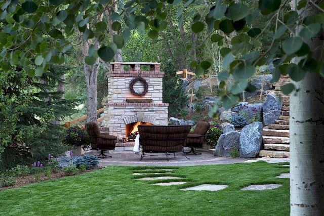 Traditional Garden Patio