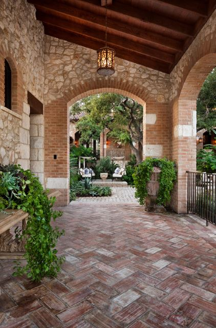 stunning round brick pavers #Brick #Patio #BrickPatioDesign