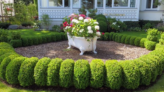 40 Awesome And Landscaping Ideas 27 Is Too Easy