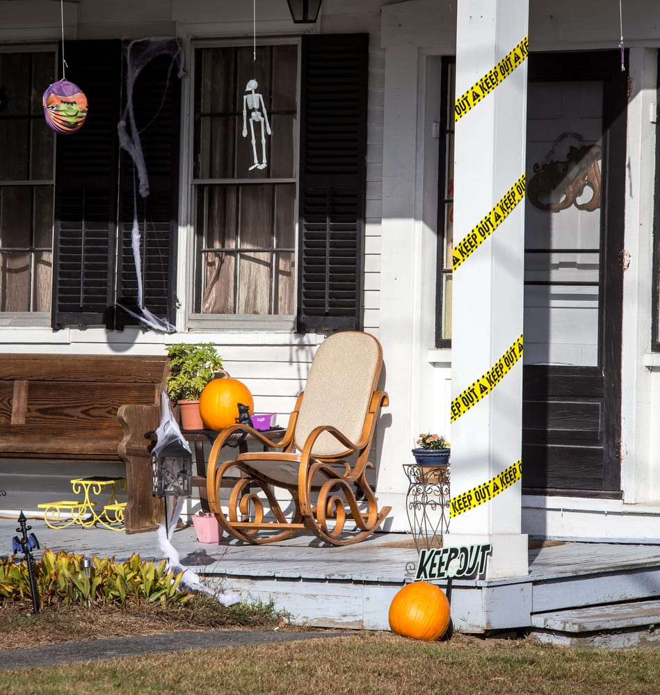 Creepy Funny Spooky & Weird Outdoor Halloween Decorations
