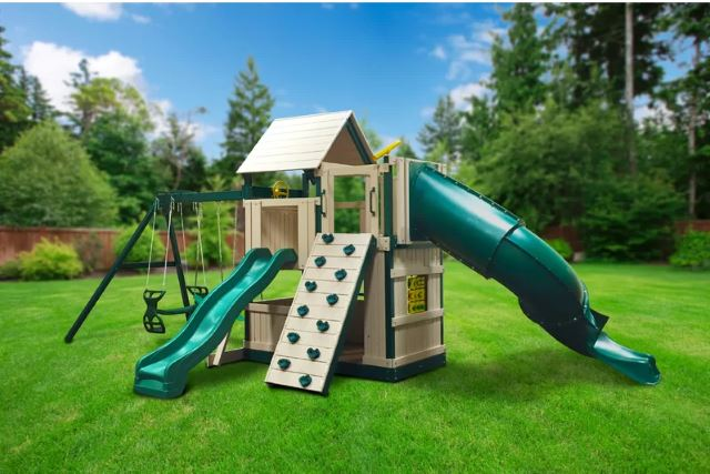 Small Treehouse Idea