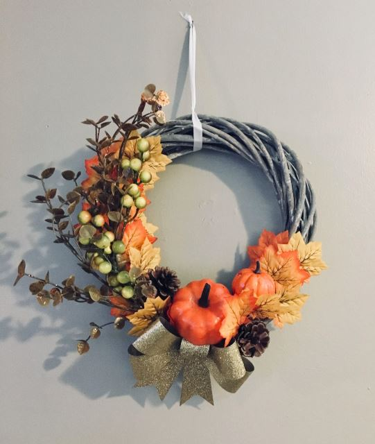 How to Make a Beautiful Fall Wreath