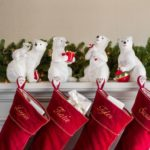 POLAR BEAR FAMILY STOCKING HOLDER