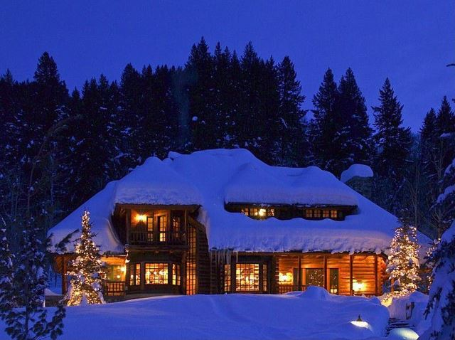 Rustic Christmas Exterior