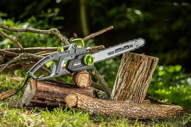 Earthwise CS33016 Electric Chain Saw 2