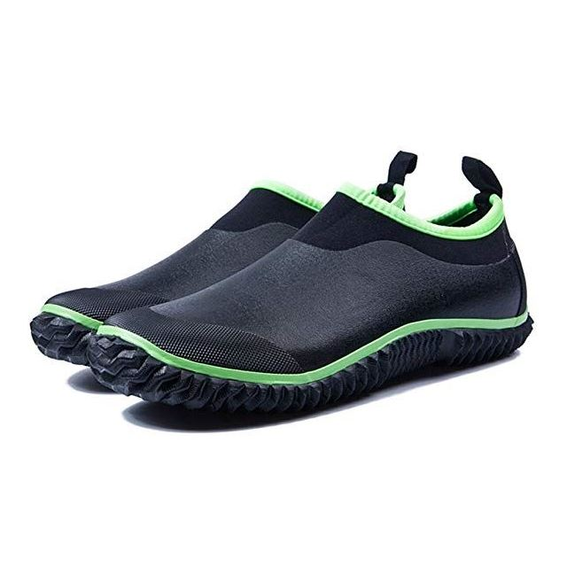 Best Shoes for Gardening - 2020 Reviews