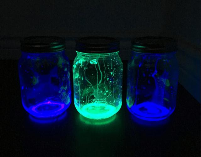 How to Make DIY Firefly Mason Jar Lanterns