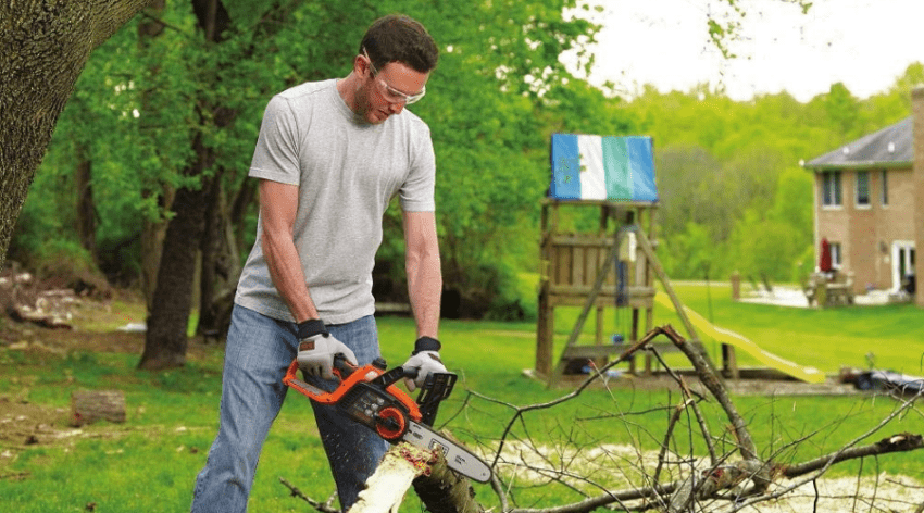 Featured Image - BEST CHAINSAW FOR A HOMEOWNER COMPARISONS