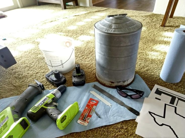 different materials needed to make a DIY solar light