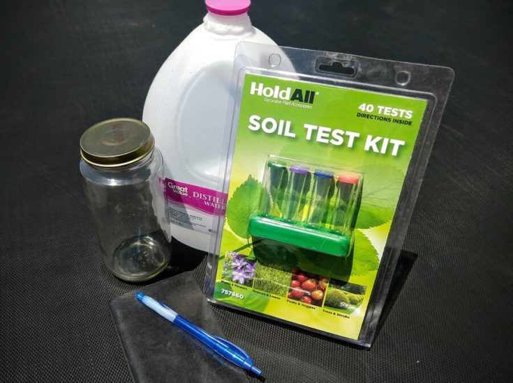 Set of materials for soil testing