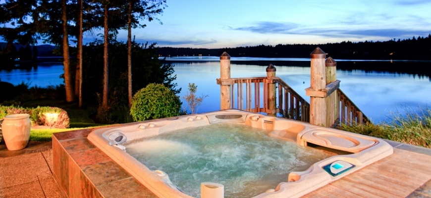 night view of the lake with a nice and cozy hot tub