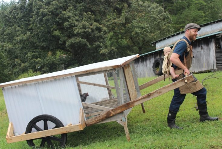 A mobile chicken house that one person can move (a lot) of chickens