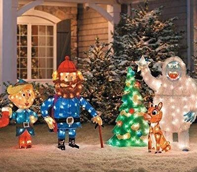 Guide To The Best Motorized Outdoor Christmas Decorations