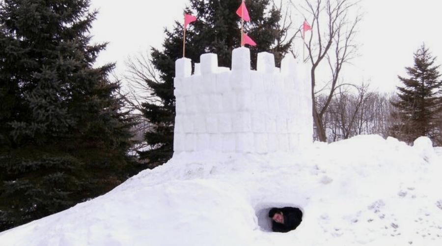 Snow Fort Block Maker Kids Winter Toys Yellow, 10 Piece Set