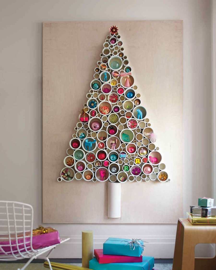 27 Best Small Christmas Tree Ideas For Your Home Or Apartment