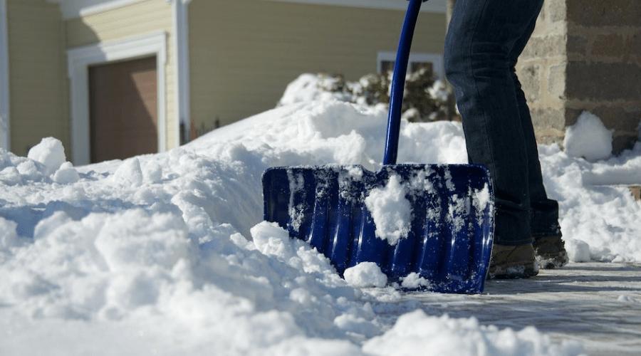 Featured Image - BEST SNOW SHOVEL REVIEWS