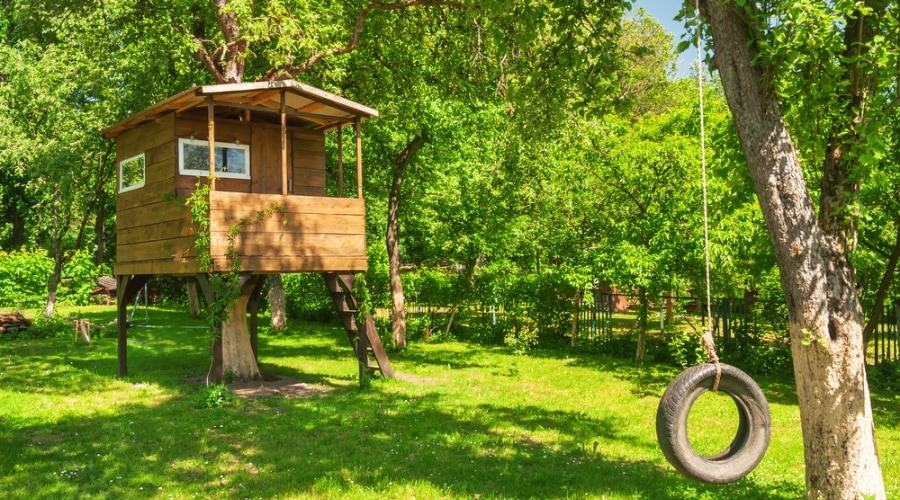 Featured Image - TREE HOUSE IDEAS FOR EVERY AGE TO ENJOY