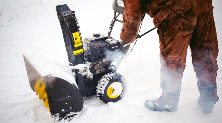 Featured Image - What To Do When The Electric Start on Your Snow Blower Doesn't Work