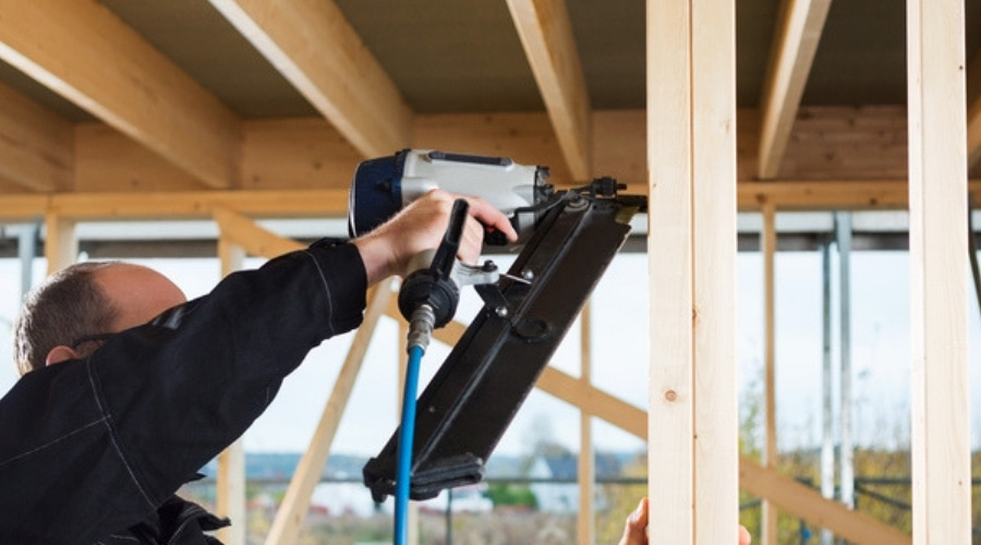 Featured Image - Best Pneumatic Framing Nail Guns - Top Choices To Consider
