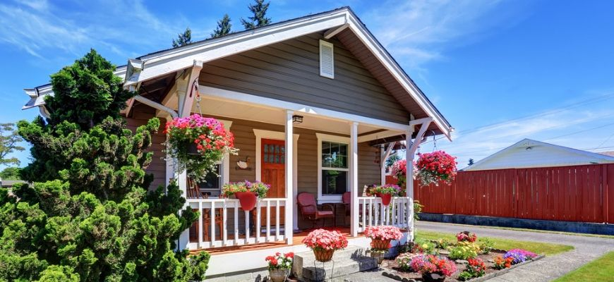 Feature Image - Make Your Home More Attractive with These Curb Appeal Ideas