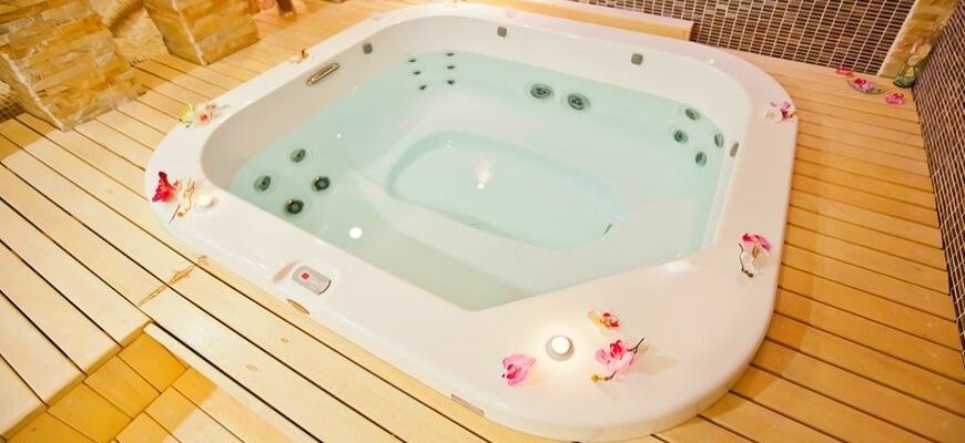 How Much Does It Cost to Run a Hot Tub