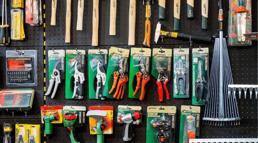 pruning tools on store display