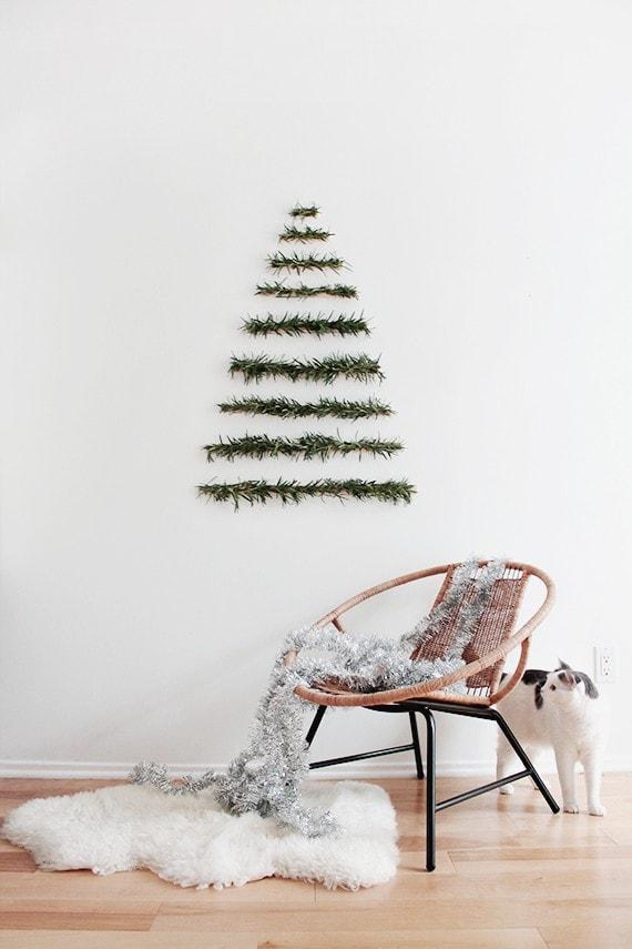 minimalist alternative christmas tree idea