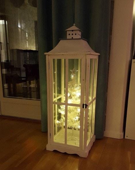 cat-proof christmas tree idea