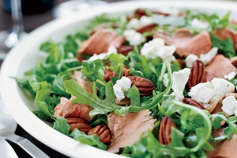 Lamb Salad with Arugula and Raspberry Vinaigrette winter recipe