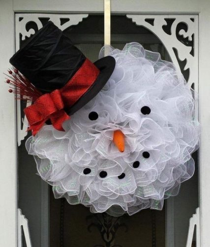 A snowman wreath made from tulle.