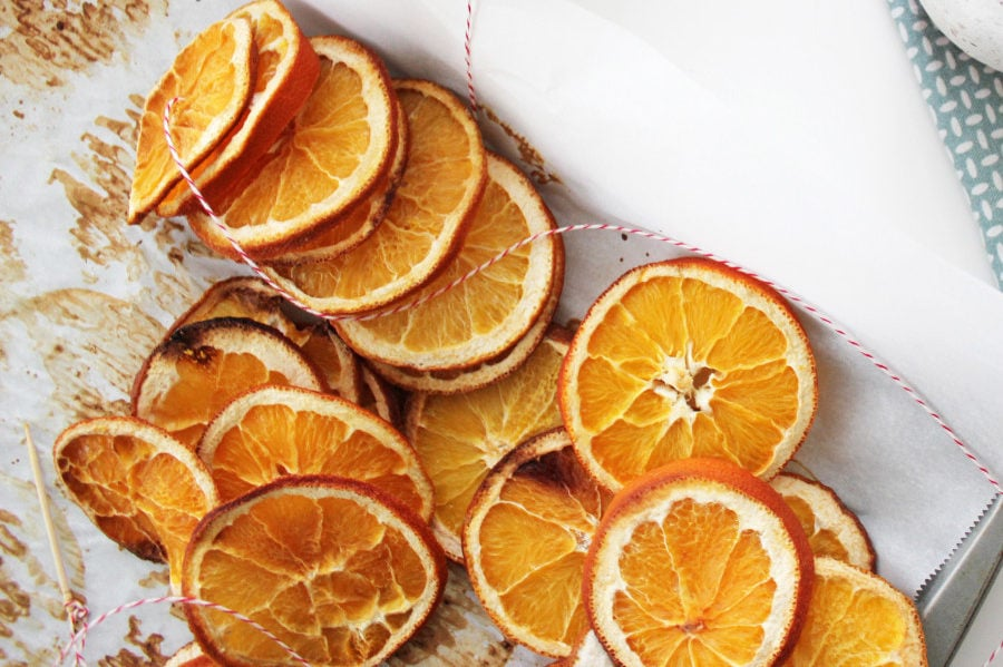 DIY natural orange garland tutorial Christmas decoration