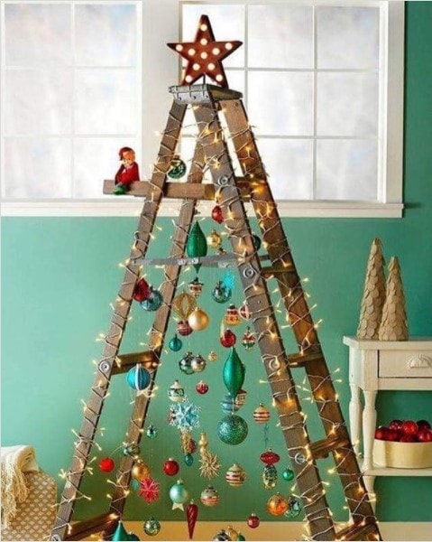 ladder christmas tree idea inspo