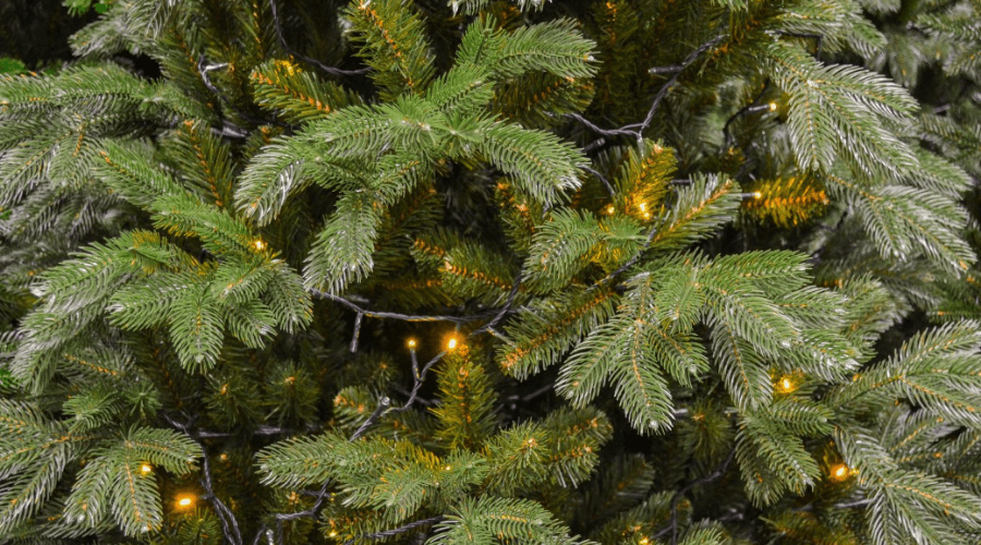 prelighted artificial tree with semi realistic needle shape and color