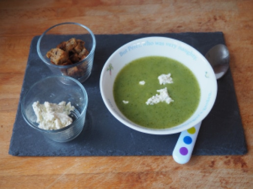 COURGETTE AND CHICORY SOUP