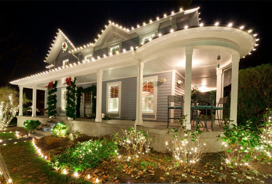 wraparound porch lights christmas decor idea