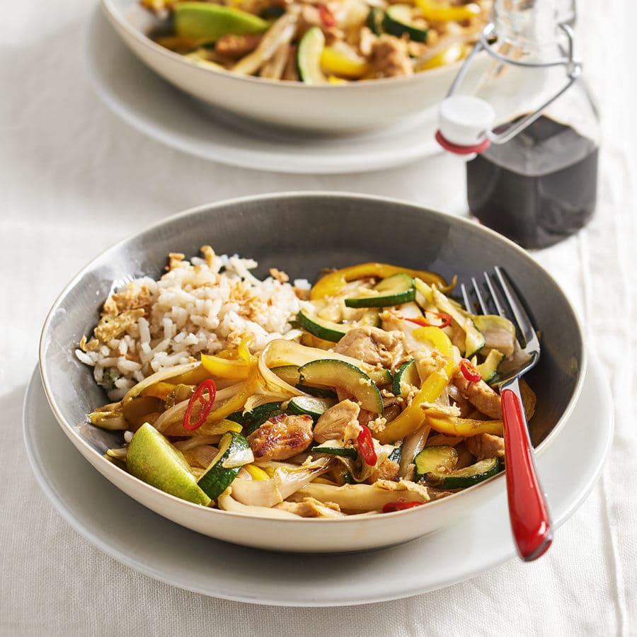 Stir-fried chicory with chicken and oyster sauce