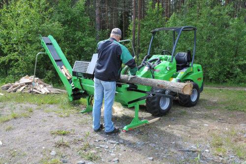 Avant log cutter/splitter