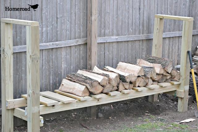 backyard log holder tutorial