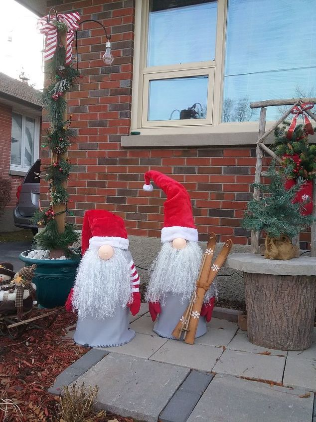christmas-gnomes outdoor decoration small statue tutorial