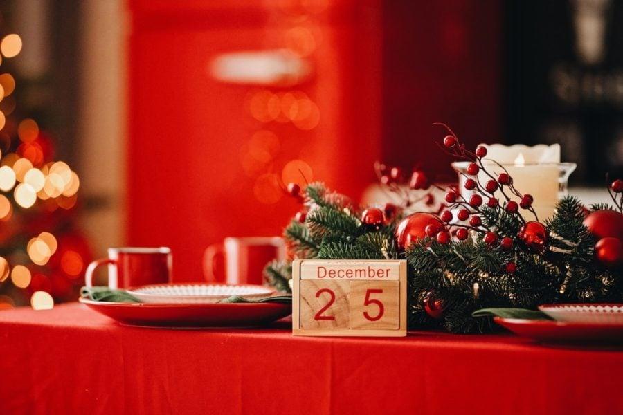 decor, wreath, holidays, table setting, wintertime, holiday spirit, christmas tree, christmas holidays, festive holiday decorating, magic of christmas
